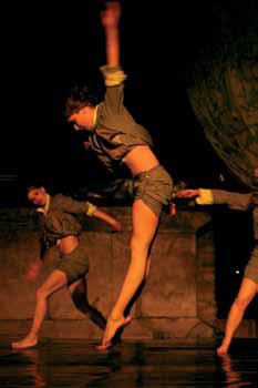Kiro Urdin - Planetarium Dance _ 28