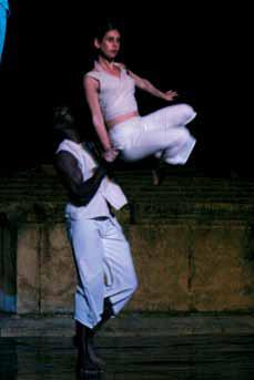 Kiro Urdin - Planetarium Dance _ 25